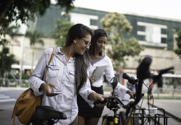 Le vélo électrique redonne envie d'aller travailler au bureau
